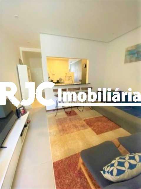 02 - Apartamento à venda Rua Marquês de Abrantes,Flamengo, Rio de Janeiro - R$ 525.000 - MBAP11000 - 3