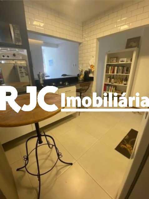 13 - Apartamento à venda Rua Marquês de Abrantes,Flamengo, Rio de Janeiro - R$ 525.000 - MBAP11000 - 14