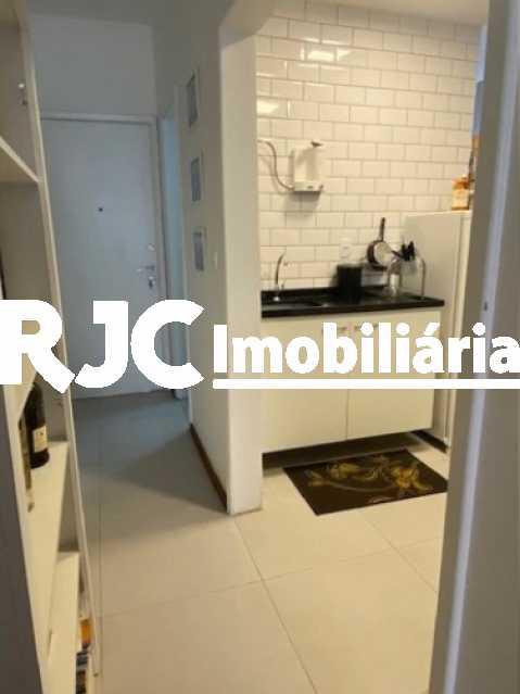 16 - Apartamento à venda Rua Marquês de Abrantes,Flamengo, Rio de Janeiro - R$ 525.000 - MBAP11000 - 17