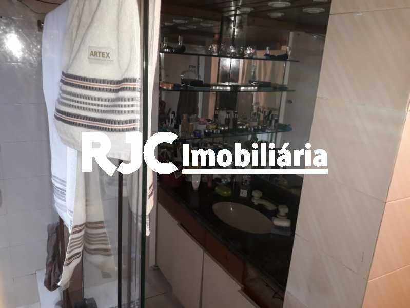 20 - Casa em Condomínio à venda Avenida Lúcio Costa,Barra da Tijuca, Rio de Janeiro - R$ 2.700.000 - MBCN50006 - 21