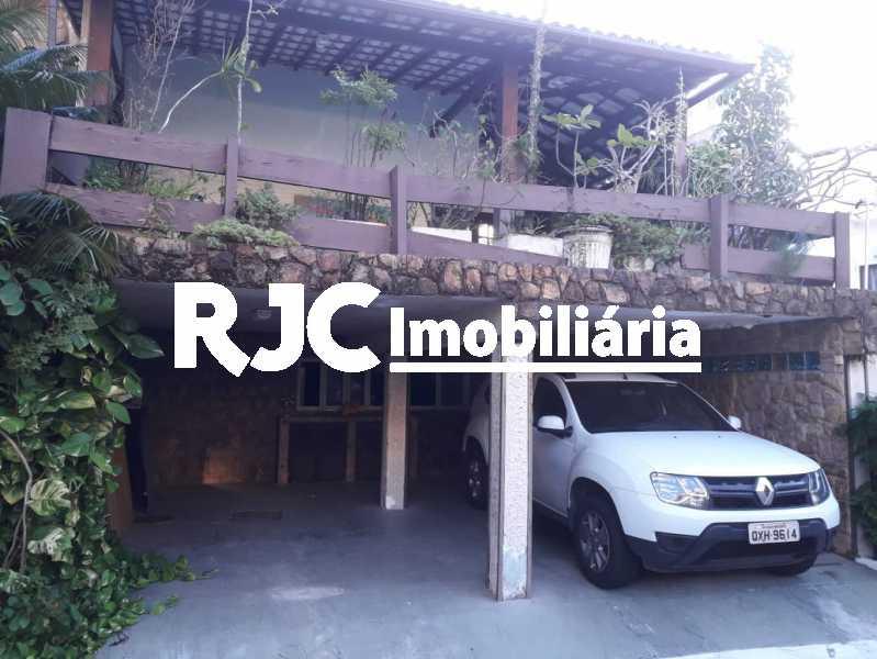 24 - Casa em Condomínio à venda Avenida Lúcio Costa,Barra da Tijuca, Rio de Janeiro - R$ 2.700.000 - MBCN50006 - 25