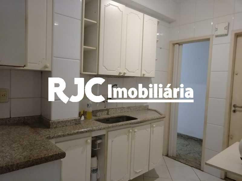 P_20210614_144045 - Apartamento à venda Rua Figueiredo Magalhães,Copacabana, Rio de Janeiro - R$ 470.000 - MBAP11002 - 15