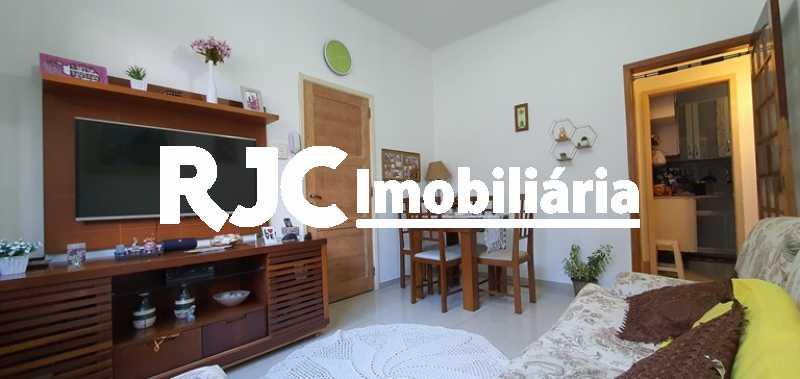1 - Apartamento à venda Rua Costa Ferraz,Rio Comprido, Rio de Janeiro - R$ 250.000 - MBAP11007 - 1