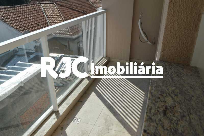 02 - Apartamento à venda Rua do Catete,Glória, Rio de Janeiro - R$ 850.000 - MBAP25674 - 3