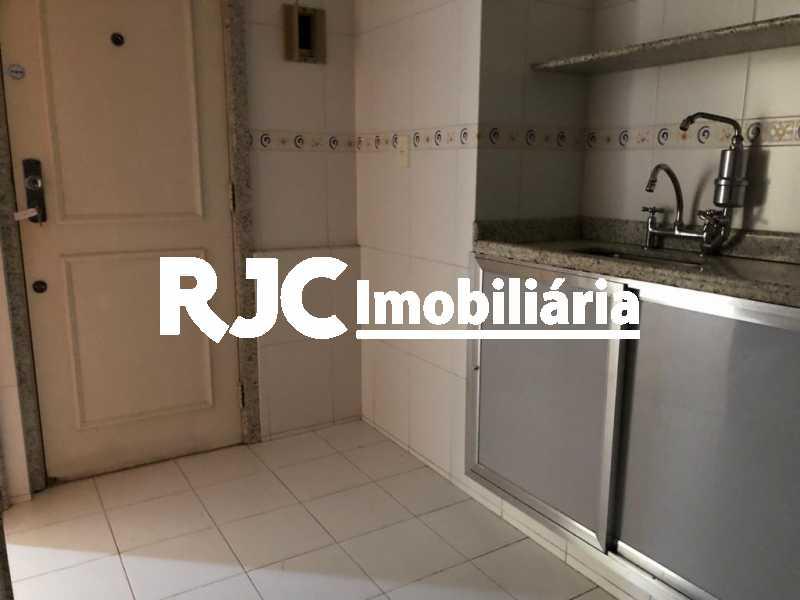 18 - Apartamento à venda Rua Barão de São Borja,Méier, Rio de Janeiro - R$ 320.000 - MBAP25716 - 17