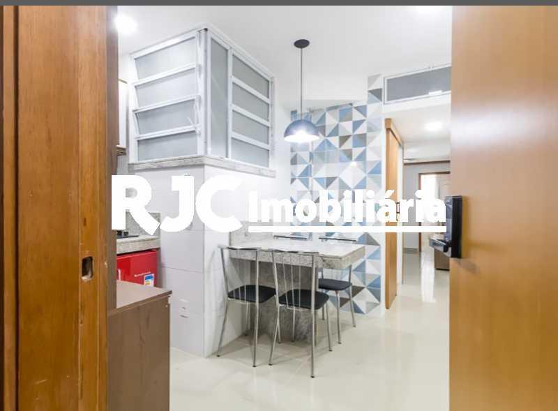 14 - Apartamento à venda Avenida Nossa Senhora de Copacabana,Copacabana, Rio de Janeiro - R$ 529.000 - MBAP11028 - 16