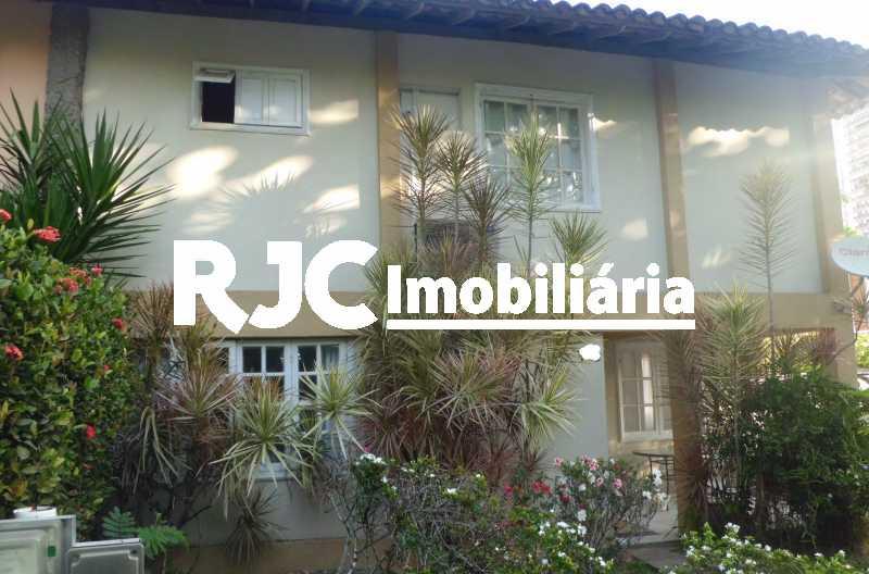 03 - Casa em Condomínio à venda Avenida Lúcio Costa,Barra da Tijuca, Rio de Janeiro - R$ 2.310.000 - MBCN30038 - 4
