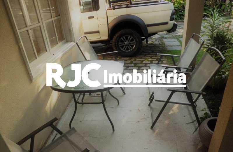 18 - Casa em Condomínio à venda Avenida Lúcio Costa,Barra da Tijuca, Rio de Janeiro - R$ 2.310.000 - MBCN30038 - 18