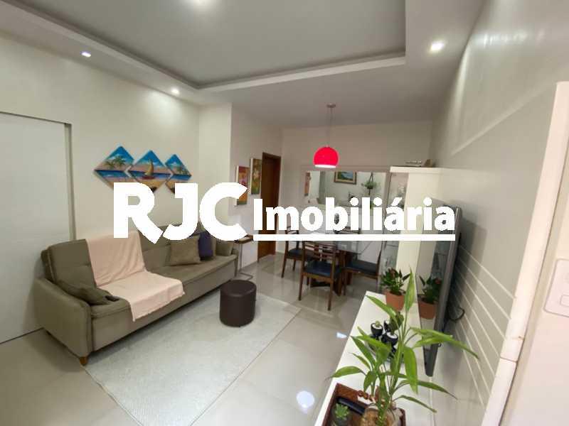 3. - Apartamento à venda Rua Pereira Nunes,Vila Isabel, Rio de Janeiro - R$ 380.000 - MBAP11042 - 4
