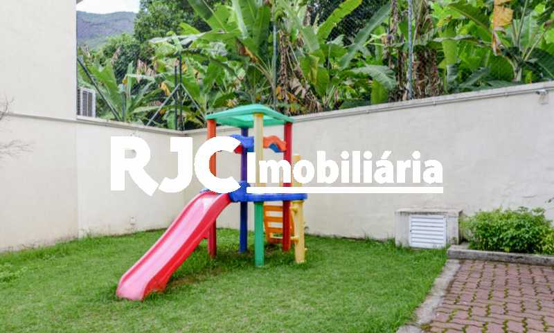 20 - Casa em Condomínio à venda Rua São Miguel,Tijuca, Rio de Janeiro - R$ 580.000 - MBCN20012 - 22