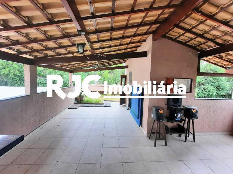28 - Casa à venda Rua Borda do Mato,Grajaú, Rio de Janeiro - R$ 1.490.000 - MBCA40202 - 29