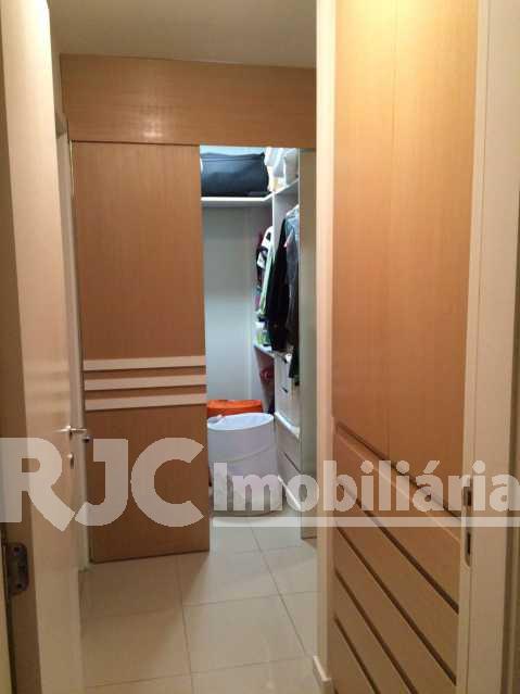 12 - Apartamento Barra da Tijuca,Rio de Janeiro,RJ À Venda,2 Quartos,82m² - MBAP21396 - 14