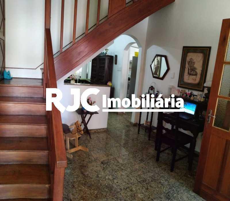 02 - Hall de entrada 1ºar - Casa de Vila 3 quartos à venda Vila Isabel, Rio de Janeiro - R$ 590.000 - MBCV30044 - 3