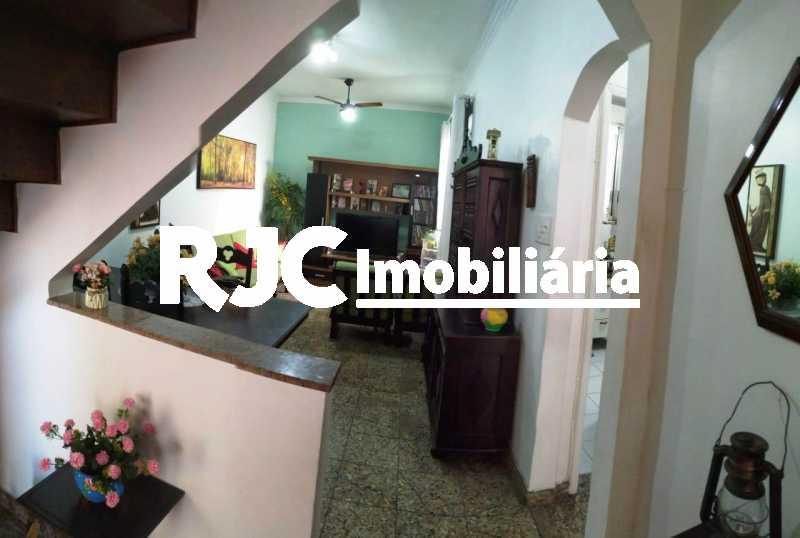 03 - Sala de estar 1ºar - Casa de Vila 3 quartos à venda Vila Isabel, Rio de Janeiro - R$ 590.000 - MBCV30044 - 7