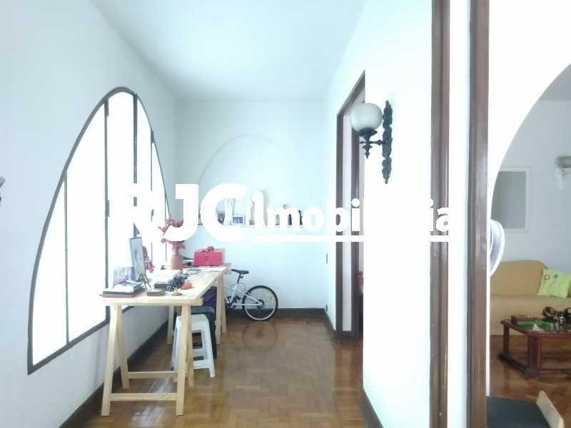 P_20210211_105645 - Casa 5 quartos à venda Grajaú, Rio de Janeiro - R$ 1.130.000 - MBCA50046 - 8