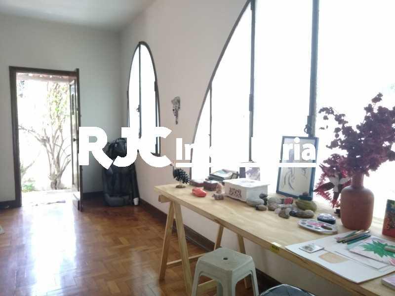 P_20210211_105711 - Casa 5 quartos à venda Grajaú, Rio de Janeiro - R$ 1.130.000 - MBCA50046 - 9