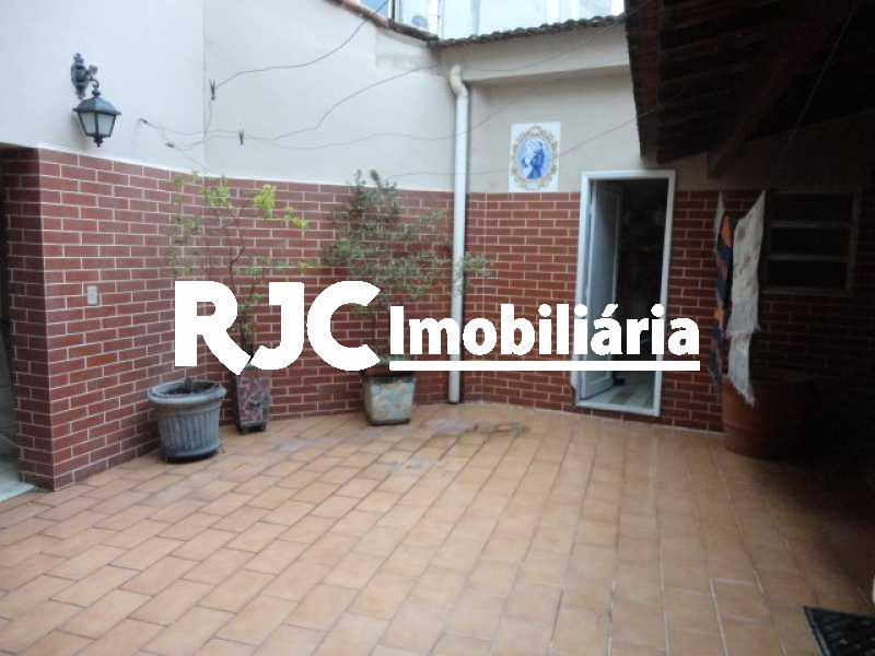 DSC06639 - Casa 4 quartos à venda Grajaú, Rio de Janeiro - R$ 900.000 - MBCA40111 - 29