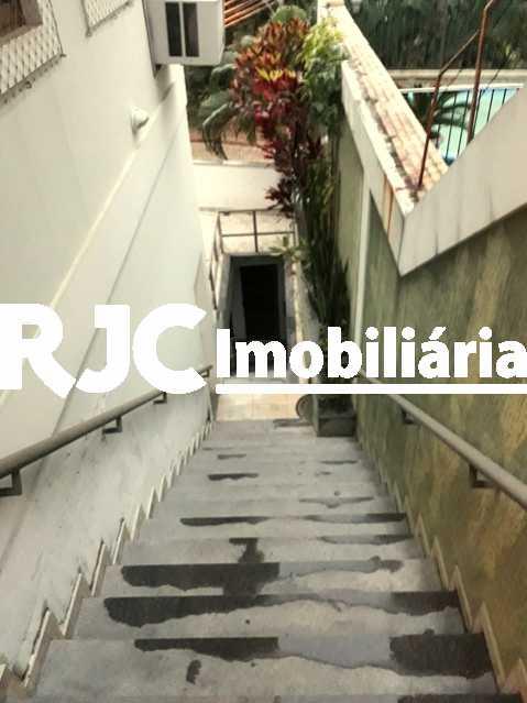 22 - Casa 3 quartos à venda Tijuca, Rio de Janeiro - R$ 1.700.000 - MBCA30113 - 23
