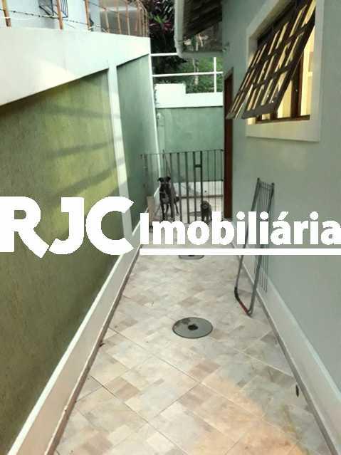 23 - Casa 3 quartos à venda Tijuca, Rio de Janeiro - R$ 1.700.000 - MBCA30113 - 24