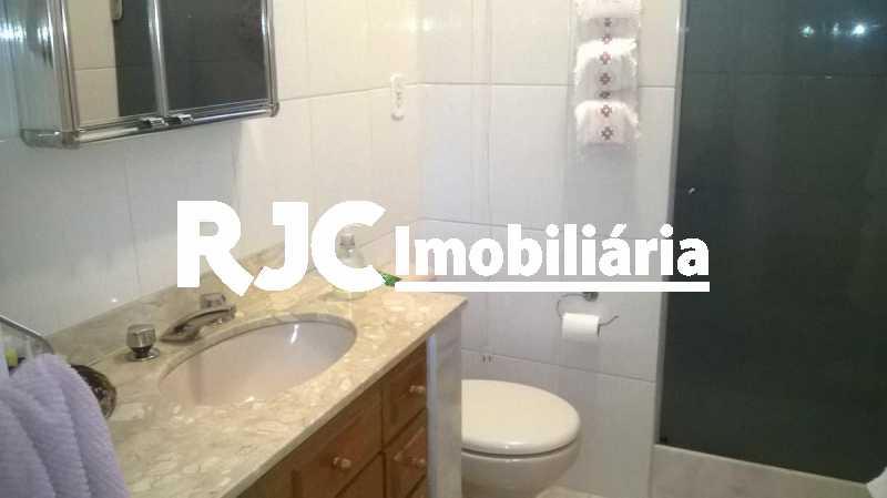 10     Banheiro Social - Apartamento 2 quartos à venda Grajaú, Rio de Janeiro - R$ 380.000 - MBAP23172 - 11