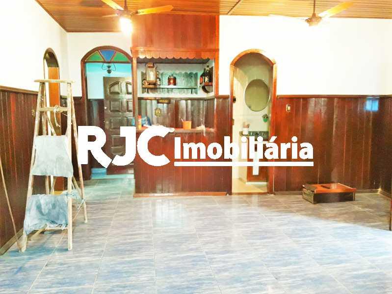 FOTO 2 - Casa 3 quartos à venda Barreto, Niterói - R$ 900.000 - MBCA30127 - 3