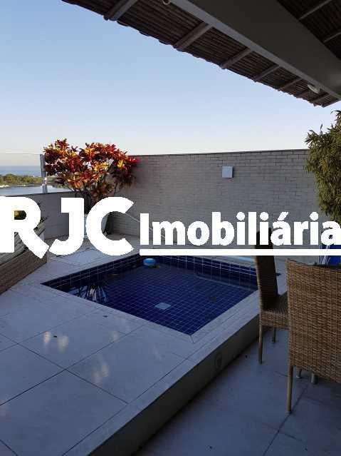 20170630_155438 2 - Cobertura 3 quartos à venda Barra da Tijuca, Rio de Janeiro - R$ 2.368.421 - MBCO30205 - 5