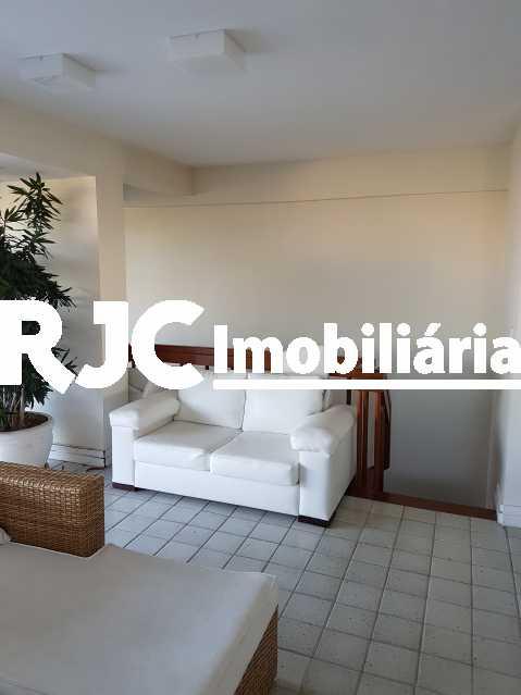 20170630_155818 2 - Cobertura 3 quartos à venda Barra da Tijuca, Rio de Janeiro - R$ 2.368.421 - MBCO30205 - 18