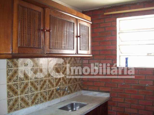 101_4825 Copy - Casa em Condomínio 3 quartos à venda Tijuca, Rio de Janeiro - R$ 600.000 - MBCN30002 - 12