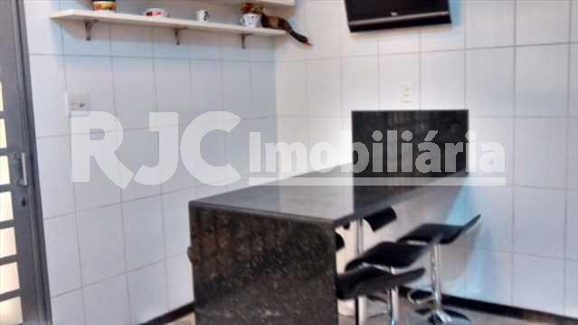 056 14 - Casa 4 quartos à venda Vila Isabel, Rio de Janeiro - R$ 890.000 - MBCA40001 - 8