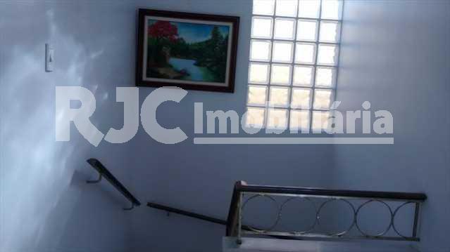 056 22 - Casa 4 quartos à venda Vila Isabel, Rio de Janeiro - R$ 890.000 - MBCA40001 - 18