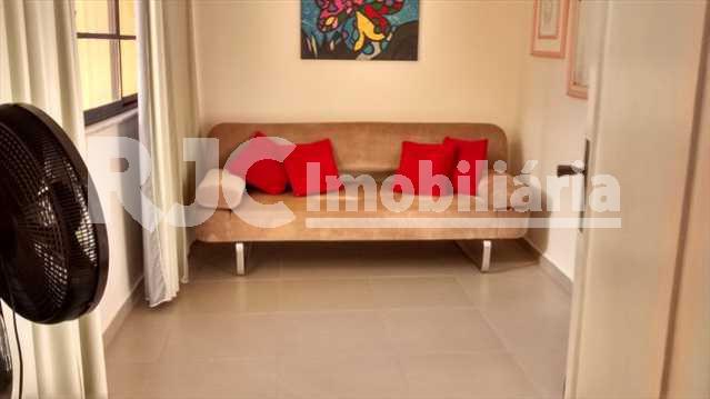 056 26 - Casa 4 quartos à venda Vila Isabel, Rio de Janeiro - R$ 820.000 - MBCA40001 - 22