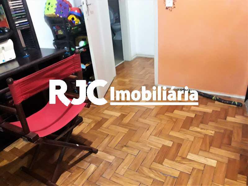 FOTO 15 - Apartamento 2 quartos à venda Grajaú, Rio de Janeiro - R$ 300.000 - MBAP23190 - 16