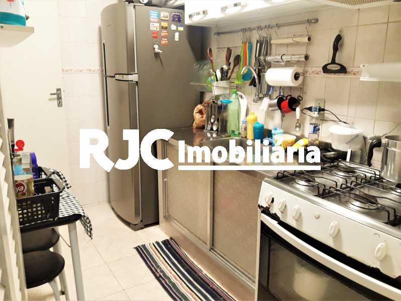 FOTO 16 - Apartamento 2 quartos à venda Grajaú, Rio de Janeiro - R$ 300.000 - MBAP23190 - 17