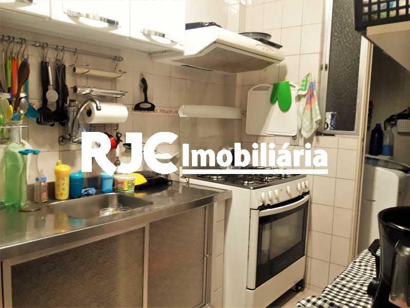 FOTO 18 - Apartamento 2 quartos à venda Grajaú, Rio de Janeiro - R$ 300.000 - MBAP23190 - 19