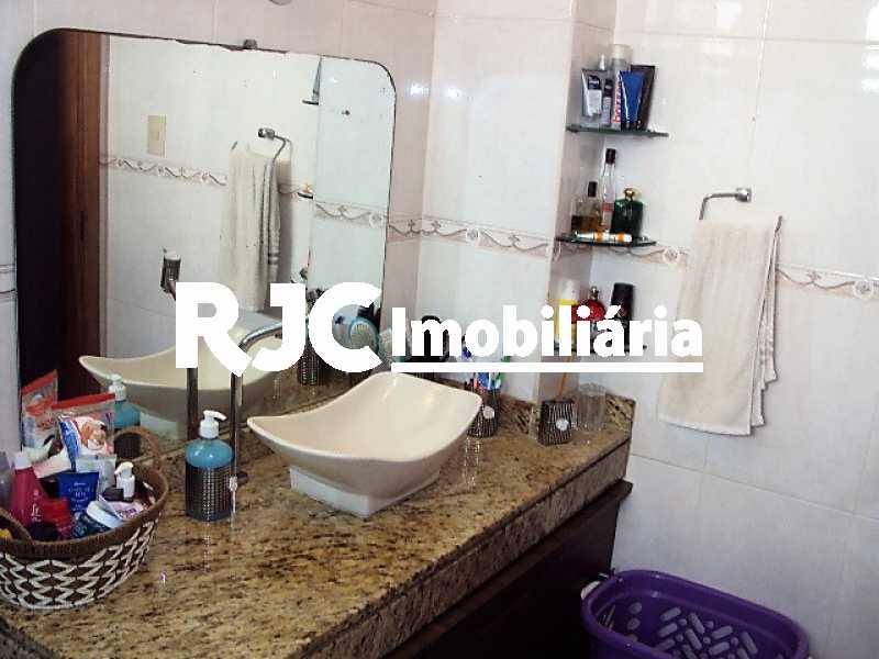11    Banheiro Social - Apartamento 2 quartos à venda São Cristóvão, Rio de Janeiro - R$ 300.000 - MBAP23227 - 12