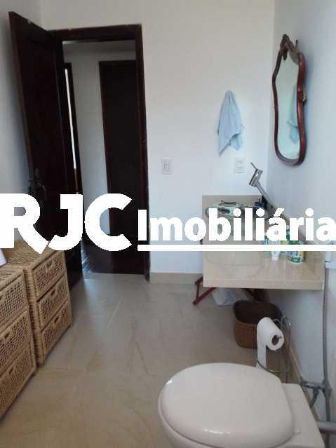 2A_Banho_Social_1_resized - Casa em Condomínio 4 quartos à venda Santa Teresa, Rio de Janeiro - R$ 2.100.000 - MBCN40011 - 20
