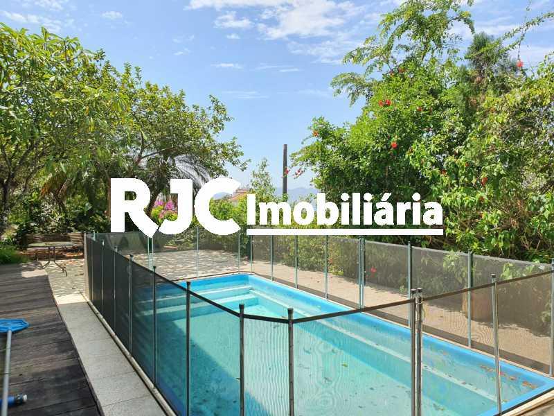 IMG-20210313-WA0045 - Casa em Condomínio 4 quartos à venda Santa Teresa, Rio de Janeiro - R$ 2.100.000 - MBCN40011 - 1