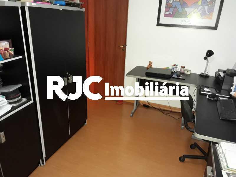 09 - Apartamento À Venda - Tijuca - Rio de Janeiro - RJ - MBAP32269 - 10