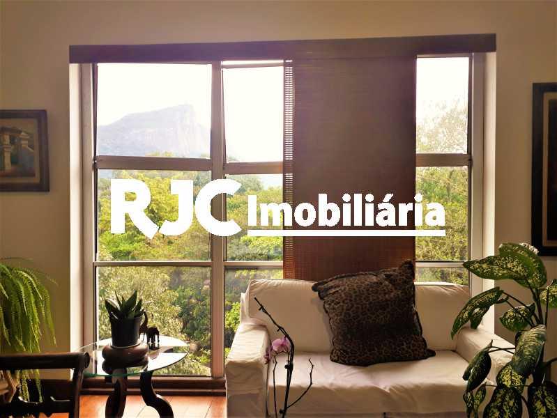 FOTO 3 - Apartamento 4 quartos à venda Leblon, Rio de Janeiro - R$ 2.100.000 - MBAP40356 - 4