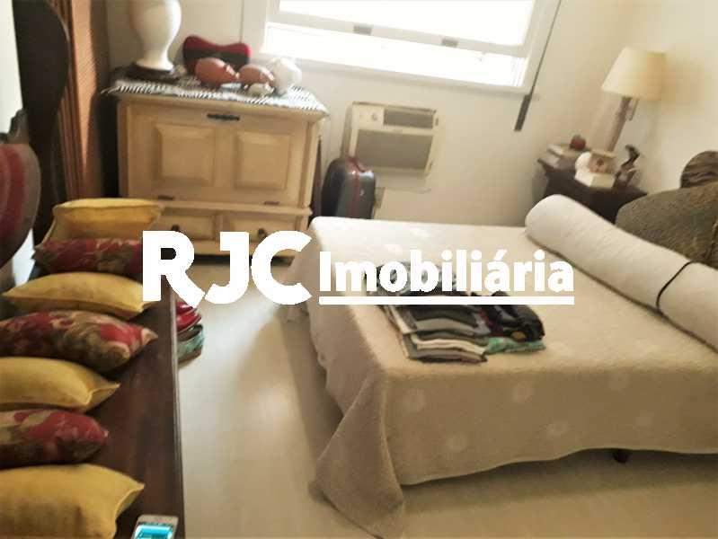 FOTO 20 - Apartamento 4 quartos à venda Leblon, Rio de Janeiro - R$ 2.100.000 - MBAP40356 - 21