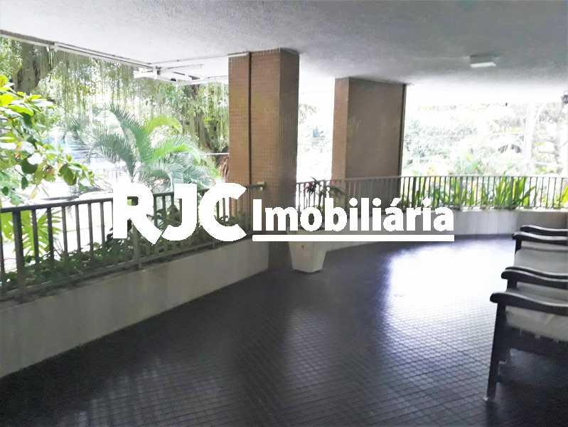 FOTO 27 - Apartamento 4 quartos à venda Leblon, Rio de Janeiro - R$ 2.100.000 - MBAP40356 - 28