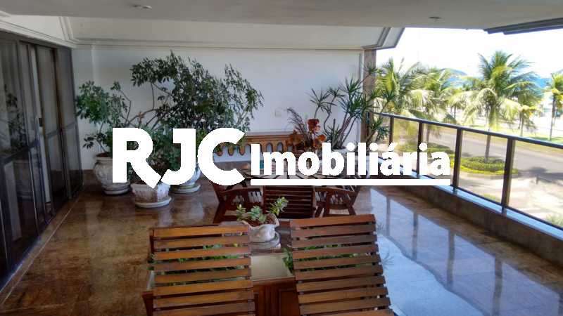 IMG-20181031-WA0067 - Apartamento 4 quartos à venda Barra da Tijuca, Rio de Janeiro - R$ 4.200.000 - MBAP40359 - 5