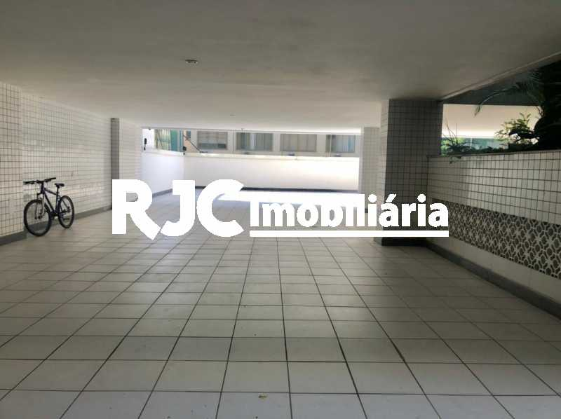IMG-20210506-WA0011 - Apartamento 4 quartos à venda Barra da Tijuca, Rio de Janeiro - R$ 4.200.000 - MBAP40359 - 31