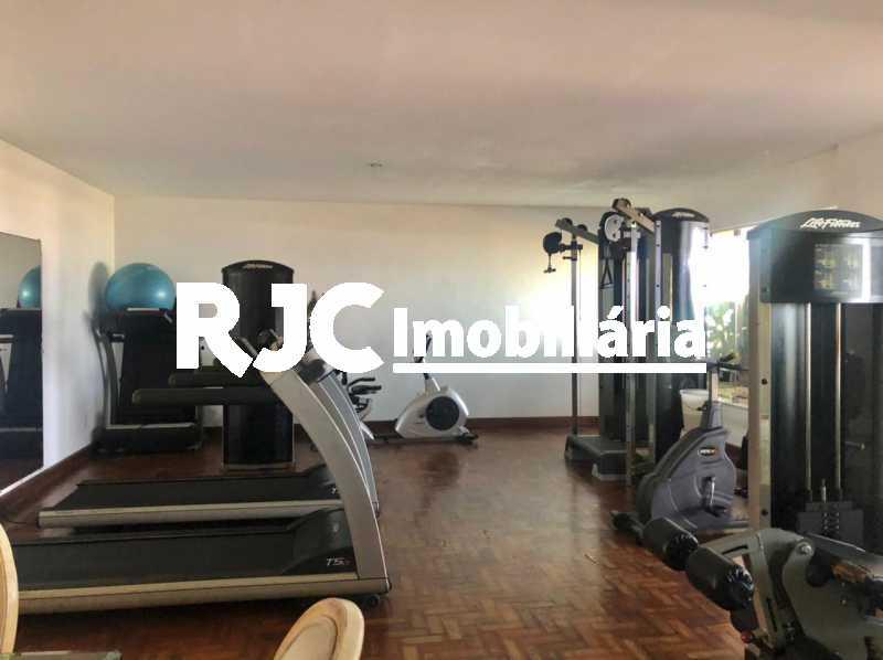 IMG-20210506-WA0012 - Apartamento 4 quartos à venda Barra da Tijuca, Rio de Janeiro - R$ 4.200.000 - MBAP40359 - 28
