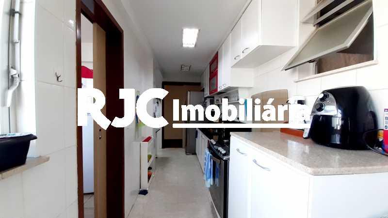 25 - Cobertura 3 quartos à venda Vila Isabel, Rio de Janeiro - R$ 1.080.000 - MBCO30279 - 25