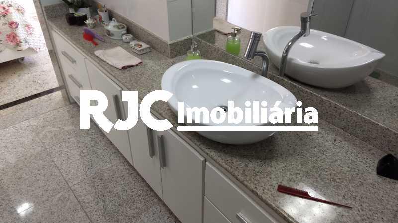 17 - Apartamento 3 quartos à venda Copacabana, Rio de Janeiro - R$ 1.350.000 - MBAP32358 - 19