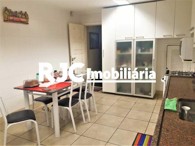 FOTO 17 - Casa 3 quartos à venda Tijuca, Rio de Janeiro - R$ 1.100.000 - MBCA30151 - 18