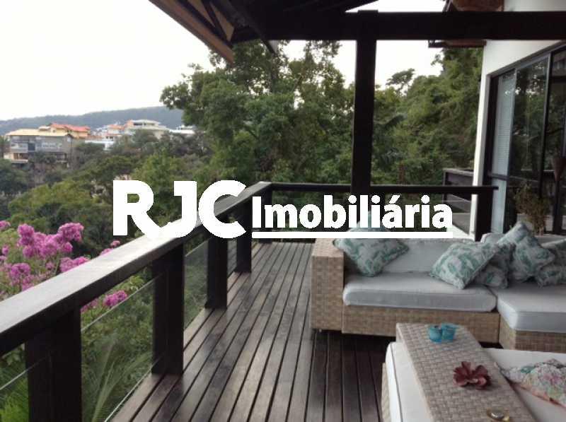 IMG-20190124-WA0016 - Casa em Condomínio 4 quartos à venda Charitas, Niterói - R$ 2.780.000 - MBCN40013 - 8