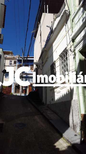 7.foto fachada - Casa 6 quartos à venda Saúde, Rio de Janeiro - R$ 600.000 - MBCA60019 - 7