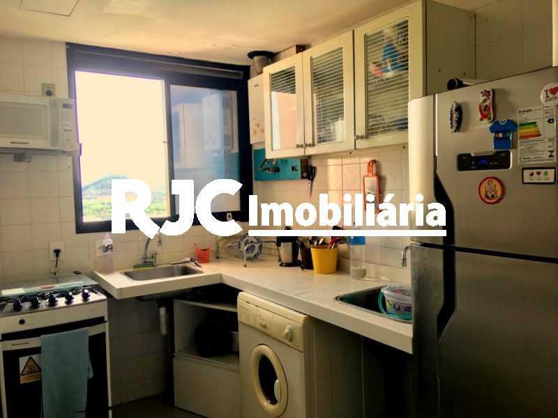 4. - Apartamento 2 quartos à venda Barra da Tijuca, Rio de Janeiro - R$ 790.000 - MBAP23884 - 5